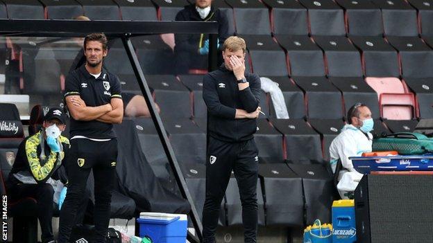 Eddie Howe reacting during the defeat