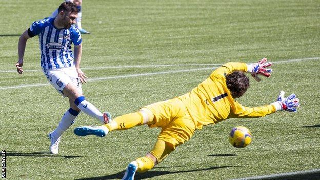 Greg Kiltie scored to make it 3-0 for Kilmarnock
