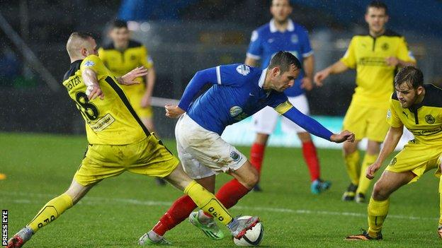 Cliftonville defeated Linfield 2-1 in their last meeting in November