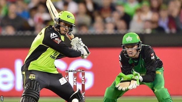Usman Khawaja bats