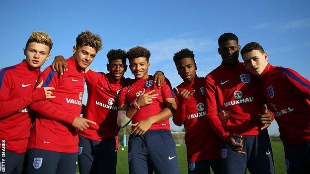 Jadon Sancho and his England U17 team-mates