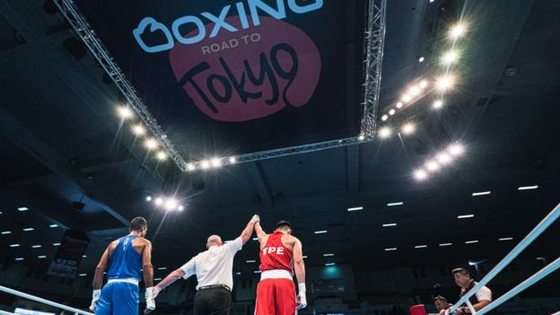 IOC called 'irresponsible' over qualifier in London after boxers test positive for virus