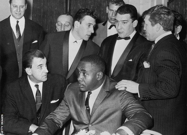 Sonny Liston with the Kray Twins