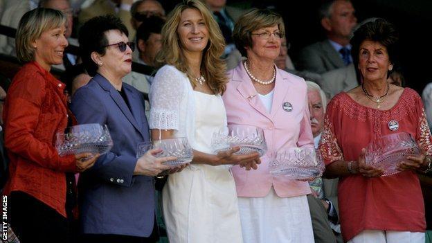 Former champions Martina Navratilova, Billie Jean King, Steffi Graf, Margaret Court and Maria Bueno are honoured at Wimbledon in July 2006