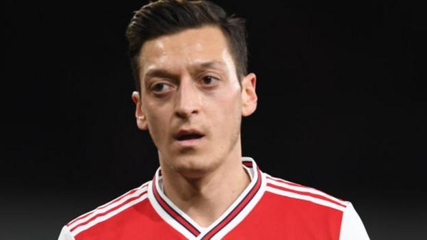 Mesut Ozil: Arsenal midfielder 'deceived by fake news', says China thumbnail