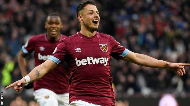 West Ham striker Javier Hernandez celebrates winner