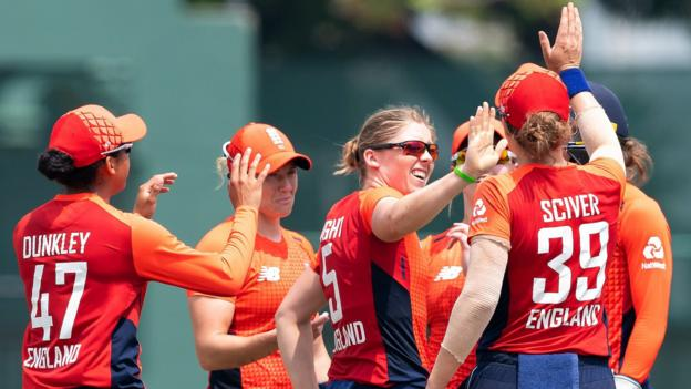 England beat Sri Lanka in final T20 to win series 3-0 thumbnail
