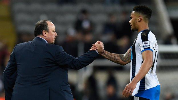 Newcastle manager Rafael Benitez (left) and centre-back Jamaal Lascelles