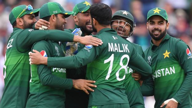 Cricket World Cup: Pakistan shock England at Trent Bridge thumbnail
