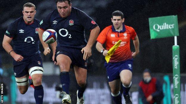 Jamie George chases the ball