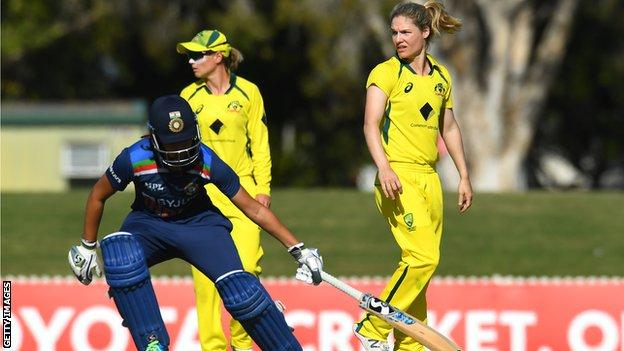 India's Yastika Bhatia and Australia's Nicola Carey
