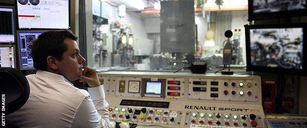 Viry-Chatillon engine base