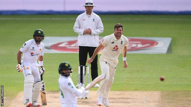 England's James Anderson dismisses Pakistan's Azhar Ali during the third Test at the Ageas Bowl.
