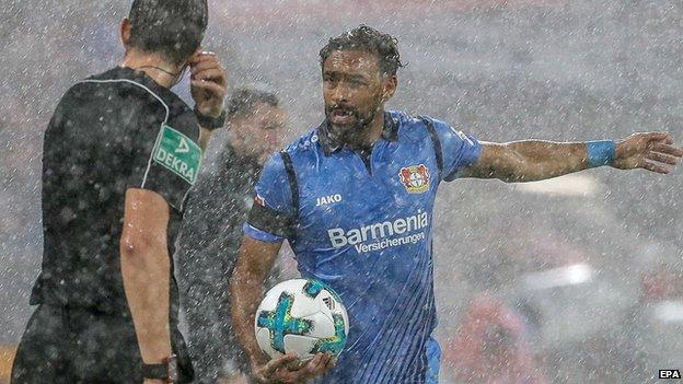 Bayern Munich match delayed by heavy rain