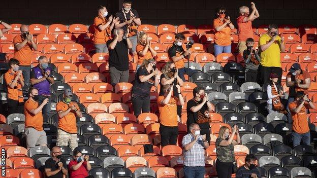 Fans at Tannadice