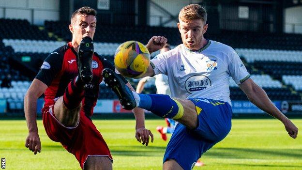 St Mirren against Kilmarnock
