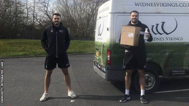 Widnes Vikings players Jay and Ted Chapelhow
