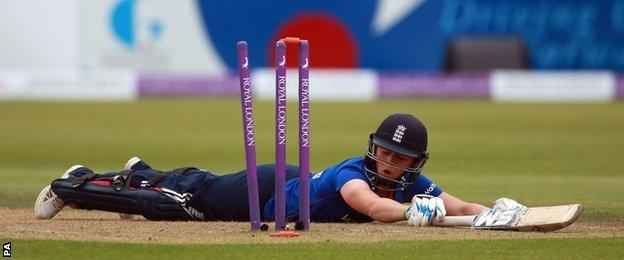 Heather Knight is run out