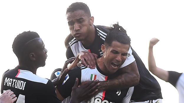 Juventus 4-1 Torino: Cristiano Ronaldo scores first free-kick for Juve in win thumbnail