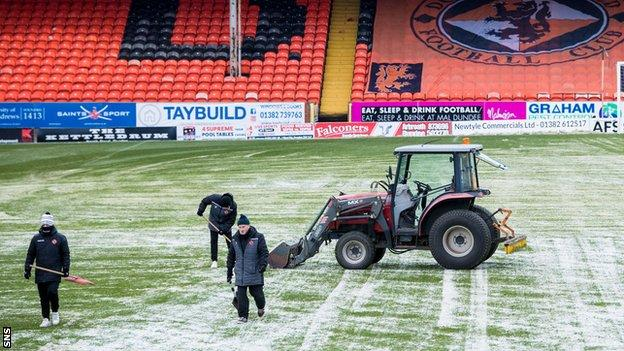 An area around the centre circle at Tannadice was deemed to have been frozen