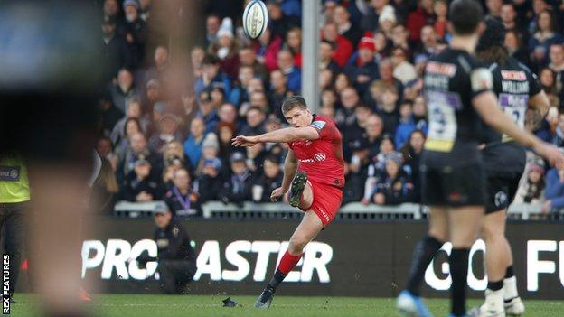 Owen Farrell misses a penalty for Saracens at Exeter