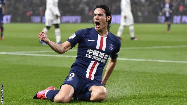 Cavani celebrates scoring a goal for Paris St-Germain