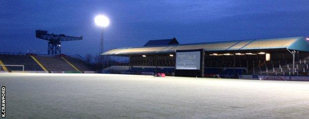 It was a nice Christmas scene for 'Carols at Cappielow'