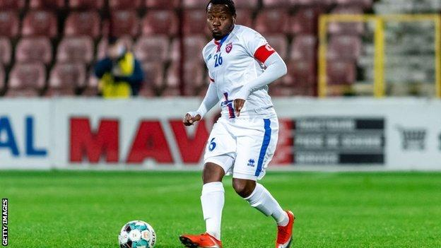 Hervin Ongenda in action for Botosani