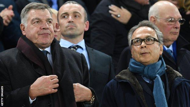Farhad Moshiri (right) with Sam Allardyce, who was sacked after six months in charge in May 2018