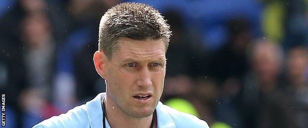 Former Munster player Ronan O'Gara is now on the coaching staff at Racing 92