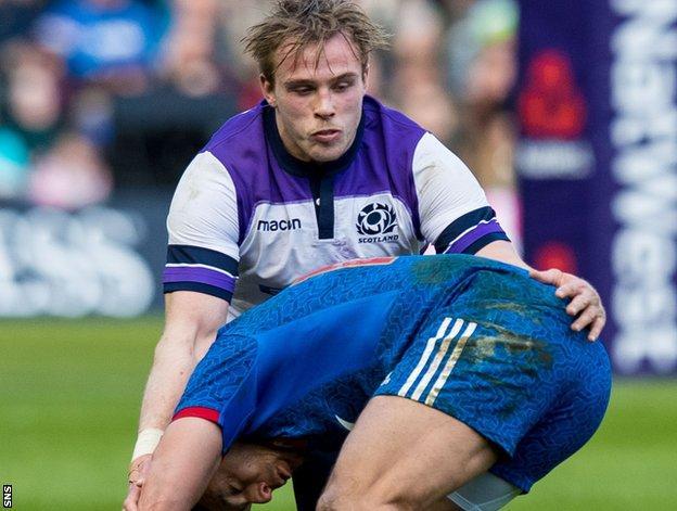 Scotland lock Jonny Gray against France