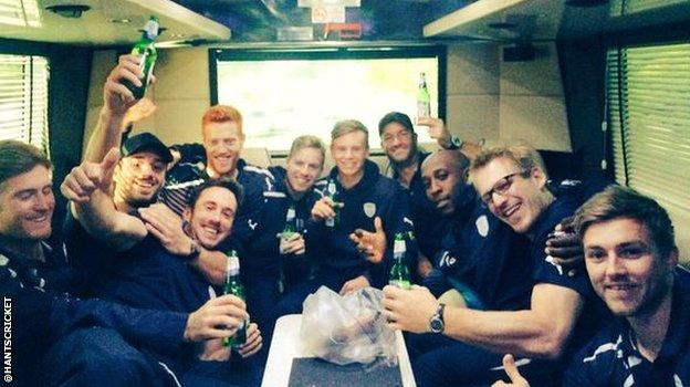 Hampshire squad on bus home from Nottingham