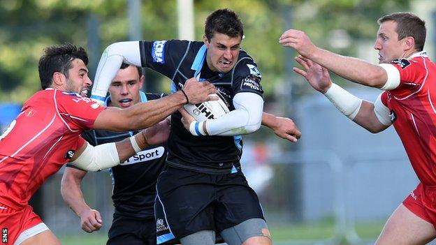 Glasgow Warriors' Peter Murchie drives forward in possession