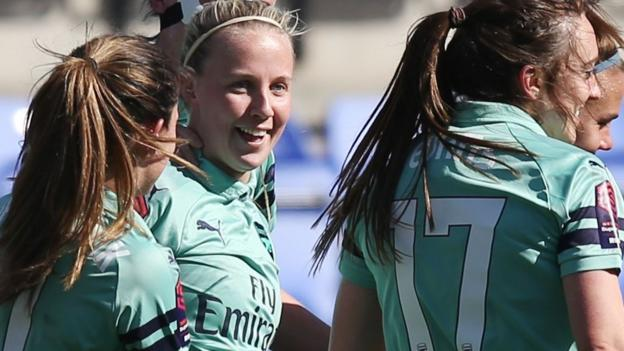 Liverpool Women 1-5 Arsenal Women: Beth Mead goals help Gunners go top thumbnail