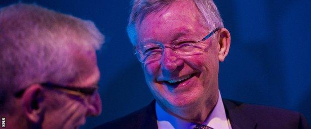 Sir Alex Ferguson shares a joke