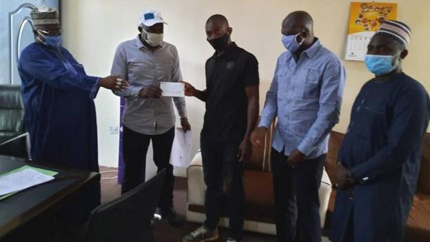 Nasarawa State government hand Chineme Martins' family a cheque for 4m Naira in May