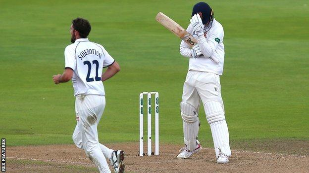 One of Ryan Sidebottom's 23 late season Championship victims was Essex's Dan Lawrence, the Young Player of the Year
