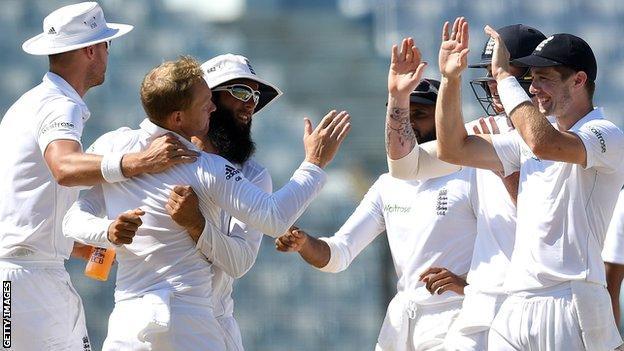 Gareth Batty strikes for England