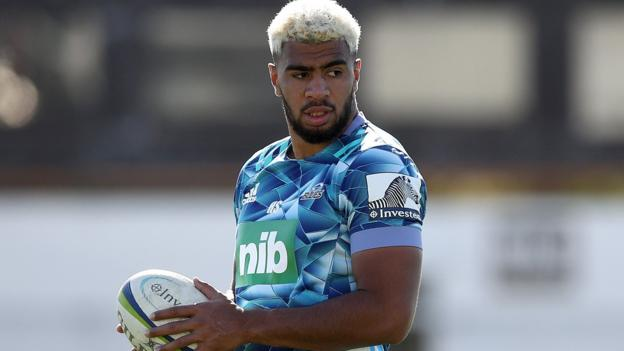 Hoskins Sotutu: Could Super Rugby sensation really play for England?