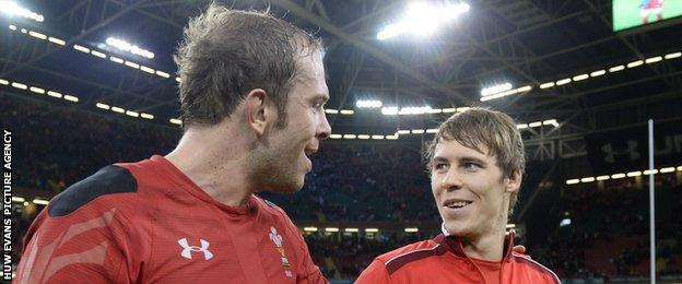 Alun Wyn Jones (left) with Liam Williams after Wales' 2014 Six Nations win against Scotland