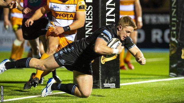Centre Kyle Steyn crashed over for his first Glasgow try in the first half