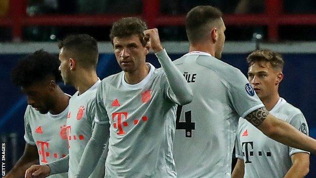 Thomas Muller และ Bayern Munich ร่วมเฉลิมฉลอง