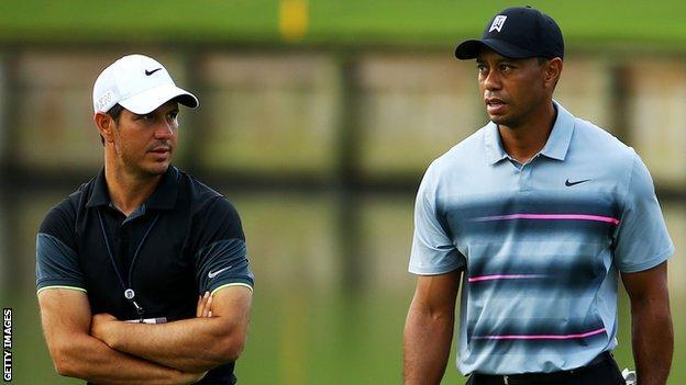 Chris Como and Tigers Woods