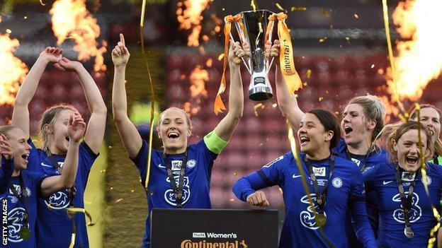 Chelsea Women célèbre le succès de la Coupe de la Ligue