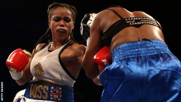 Natasha Jonas fighting Feriche Mashauri in March 2019