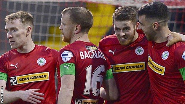 Cliftonville beat Ballymena United