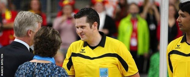 Korfabll referees