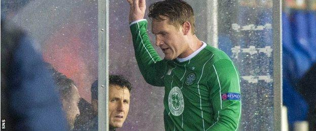 Kris Commons was very unhappy to be taken off against Molde