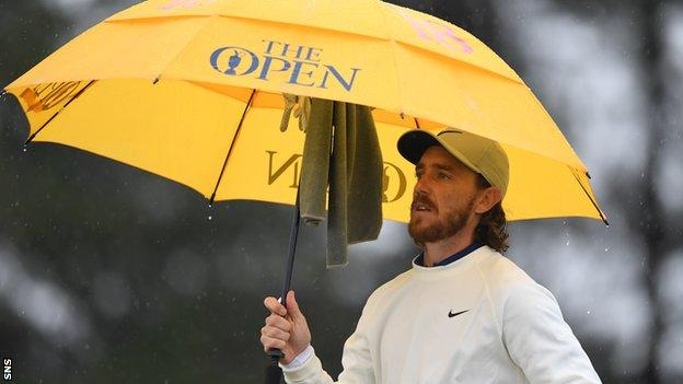 Tommy Fleetwood birdied the 18th to cap an excellent two-under 69