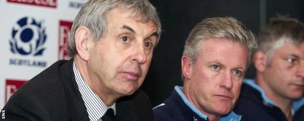 Ian McGeechan (left) and Matt Williams were instrumental in bringing McDougall to Scotland